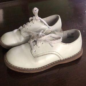Footmates white Saddle shoes size 8